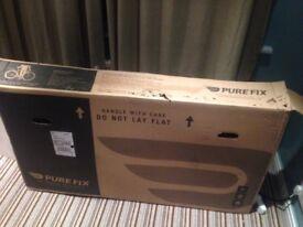 Brand new, never used Pure Fix, Oscar Chome bike, 54cm
