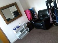 Furnished double rooms to rent low deposit