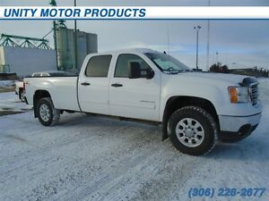 2012 GMC Sierra 3500HD SLE 4x4- Bluetooth! Power windows and loc