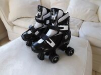 Shadow Quad Roller Skates Adjustable Size 2-4 UK Black and white Great Brand-Rookie