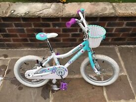 "Girls Giant 16"" Pudd'n bicycle"