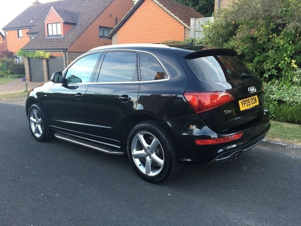 2009 audi q5 s line quattro 2 0 tdi black sat nav mot may 2017 full service history in. Black Bedroom Furniture Sets. Home Design Ideas
