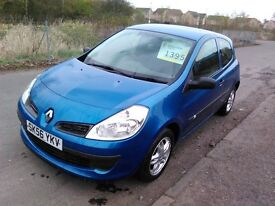 2006 Clio 1.2 Extreme mot till December only 69000 miles 1 lady owner from new