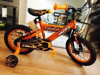 12inch bike for ages 3-5 with stabilises attached