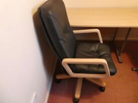 Office/computer table and chair