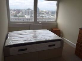 Bright double room close to Stratford