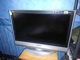 TV 32 inches - Panasonic