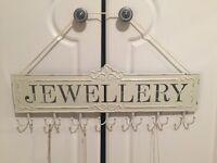 Distressed cream metal Jewellery necklace holder