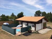 Holiday home up to 5 or 6 people in Medoc France - little pool - WiFi - Boat trip with the owner