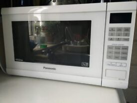 900W Family Size Inverter Microwave Oven White Finish