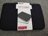 New laptop/tablet zip soft sleeve