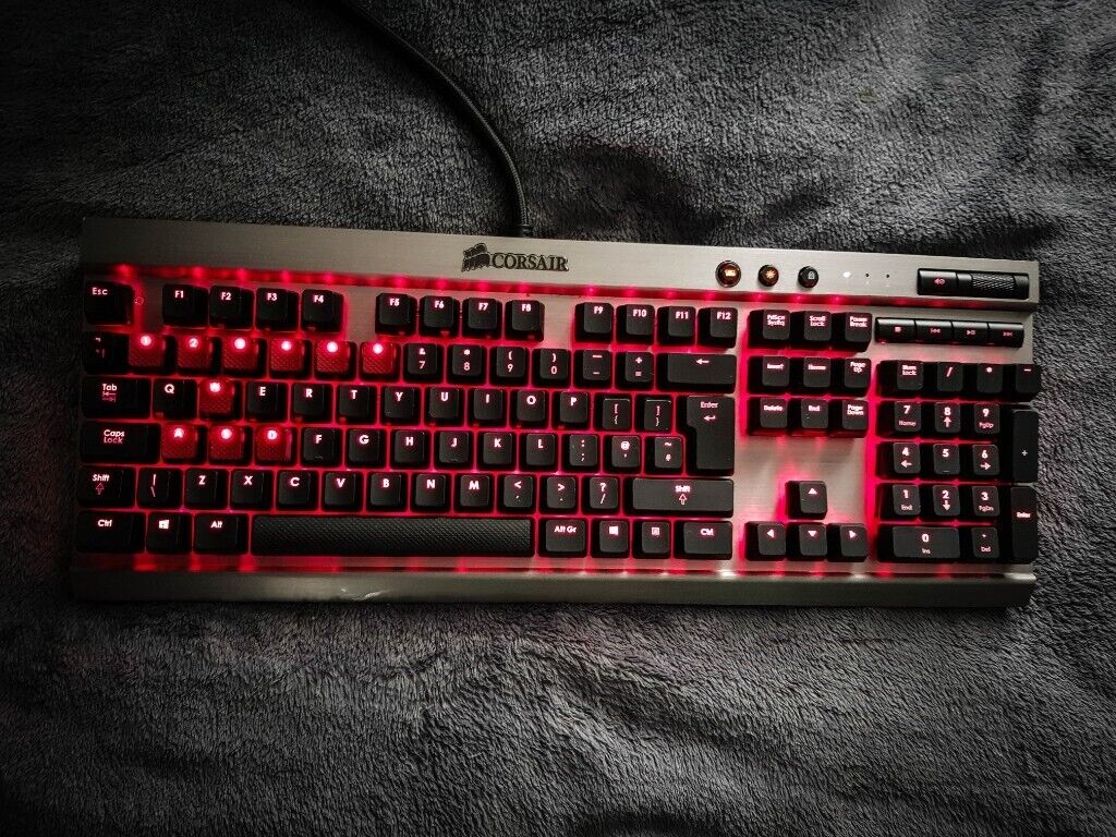 5107e5b0d40 USED Corsair Vengeance K70 Special Edition Mechanical Gaming Keyboard -  Gunmetal CHERRY MX Blue (UK)