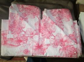 Pink Palm Leaf Design Double Duvet Cover and matching Two Pillow Cases