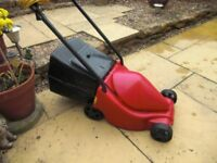 RED DEVIL ROTARY LAWN MOWER.