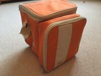 Cotton Traders Cool Bag Two person picnic set with cutlery plates .....NEW