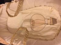 *Kinder Valley Moses Basket + Stand - Open to Offers*