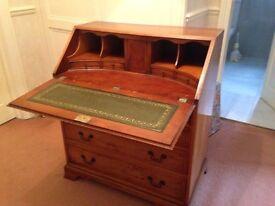 Beautiful Yew Veneer Reproduction Bureau