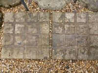 Patio slabs in good condition x6