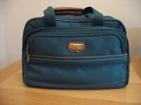 "CABIN BAG/HOLDALL - By ""Gullivers"" Luggage"