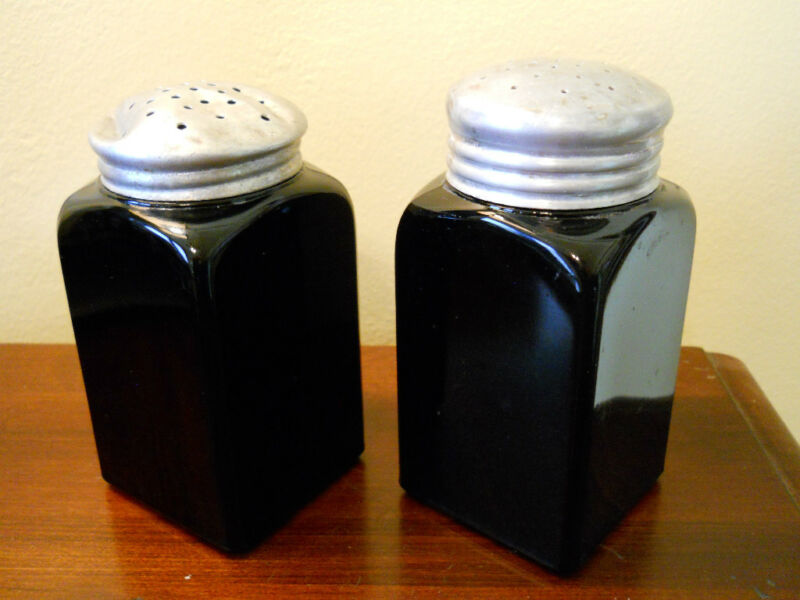 ANTIQUE BLACK GLASS MCKEE OR HOOSIER SUGER SALT & PEPPER SHAKERS
