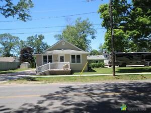 $380,000 - Bungalow for sale in Crystal Beach