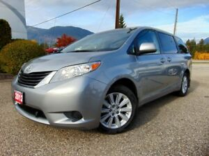 2012 Toyota Sienna 4WD LE