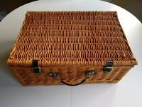 Traditional Picnic Basket with Crockery & Cutlery