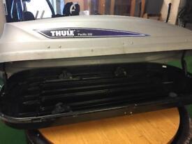 Thule 200 roofbox