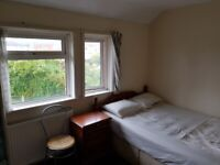 SHORT OR LONG TERM ROOMS TO RENT,COUPLE/TWIN£120 OK,NO DEP,SHARE HOUSE,FULLY FURN,INCBILLS,FREE WIFI
