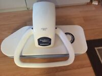 steam ironing press excellence so 4000. Nearly new . Excellent condition .