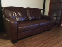 Brown leather 2.5 seater sofa