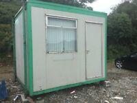 10 x 10' portacabin fully loaded,dry,jack legs,locking,windows blinds,full office( desk,cabinet etc.