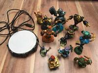 Skylanders with base and game