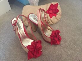 Ladies Dune Shoes and matching Bag size 5