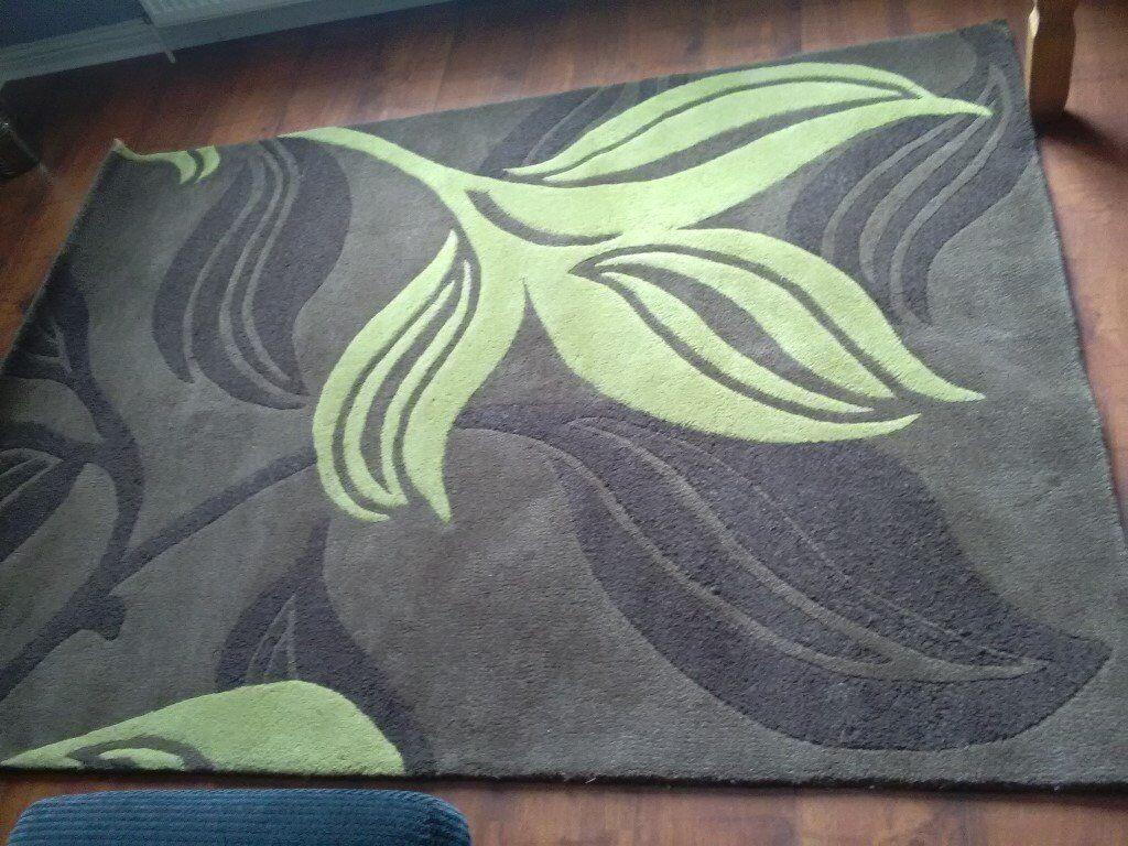100% Wool massive rug !