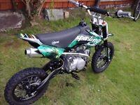 125cc Super Stomp Pit Bike Motorcycle