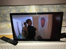 Hitachi 22' led tv with dvd player