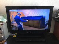 "24"" LCD Panasonic Viera TV"