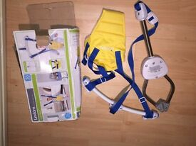 Lindam baby bouncer almost new...used twice