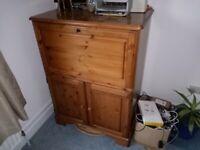 Ducal Pine Bureau / TV / Stereo cabinet