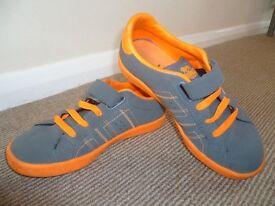 Kids Lonsdale trainers - size 2 (orange and grey)