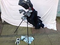 Titleist Golf Set in bag. Good used condition. See ad for full details.