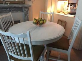 Shabby rustic chic stag oak Extendable dinning table and 4 padded chairs farm house