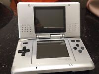 ORIGINAL SILVE NINTENDO DS AND GAMES - GOOD CONDITION