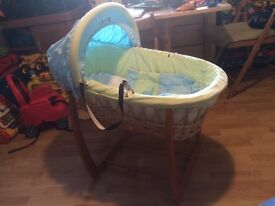 Hard Wicker Moses Basket & Rocking Stand