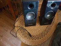 Phillips small speakers. Brand new