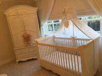 Beautifull cot and wardrobe