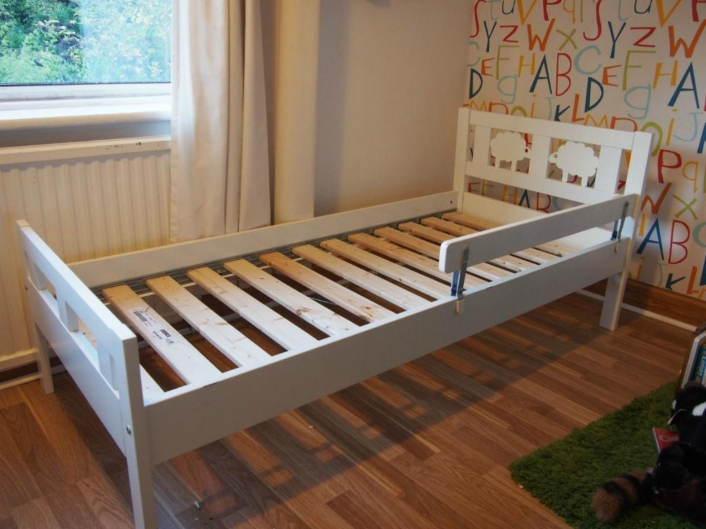 Ikea Malm Bett Bricht Zusammen ~ Ikea Kritter White Kid's Single Bed Toddler Bed Junior Bed + Guard