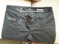 Womams river islamd skinny jeans size 12