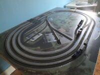 Train set - Hornby Trakmat rail on baseboard with Bachmann Digital Starter Kit